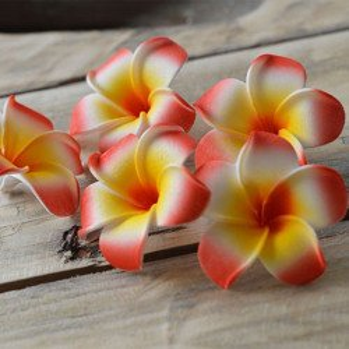 Fleur frangipannier artificielle rouge
