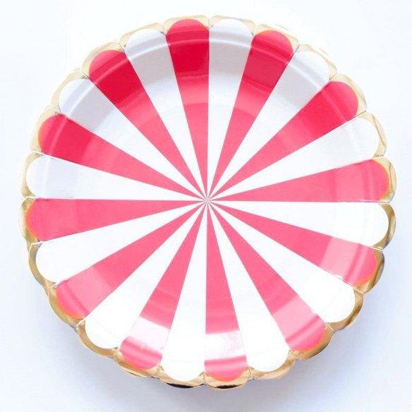10 assiettes carton rouge à rayures