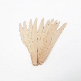 10 couteaux en bois