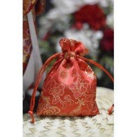 Pochon dragée tissus de soie rouge dragon et fleurs